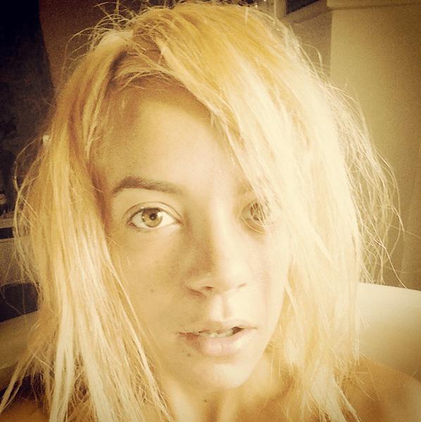Фото №26 - Звездный Instagram: Знаменитости без макияжа