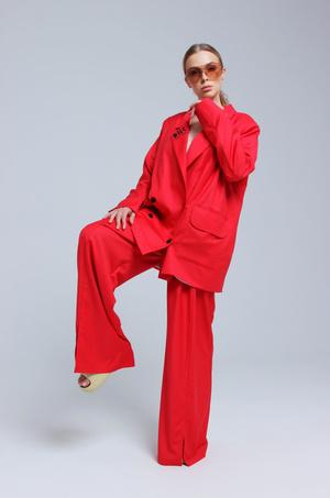 Фото №5 - «Хотелось бы поработать с Водяновой, Gucci, Милохиным»: как дизайнеры DNK прошли путь от хобби к успешному бренду
