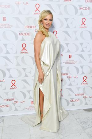 Фото №23 - Скандальная, модная, смелая: правила стиля Памелы Андерсон