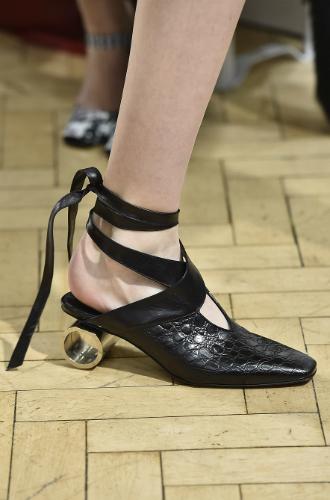 Фото №103 - Самая модная обувь сезона осень-зима 16/17, часть 1