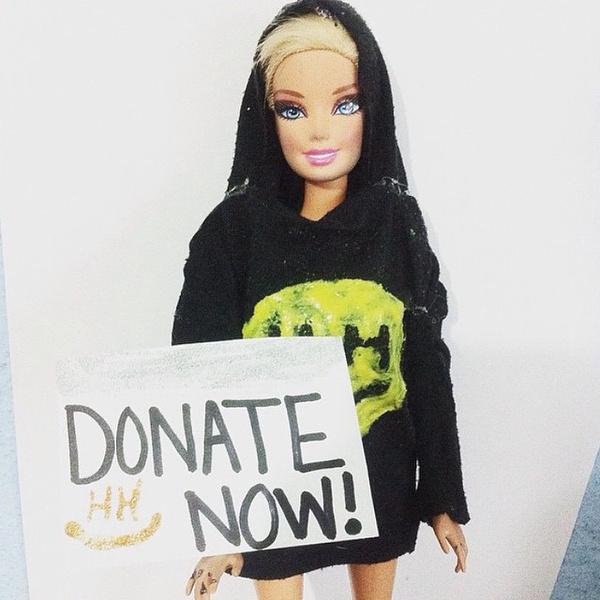 Фото №1 - Майли Сайрус представила свой благотворительный фонд