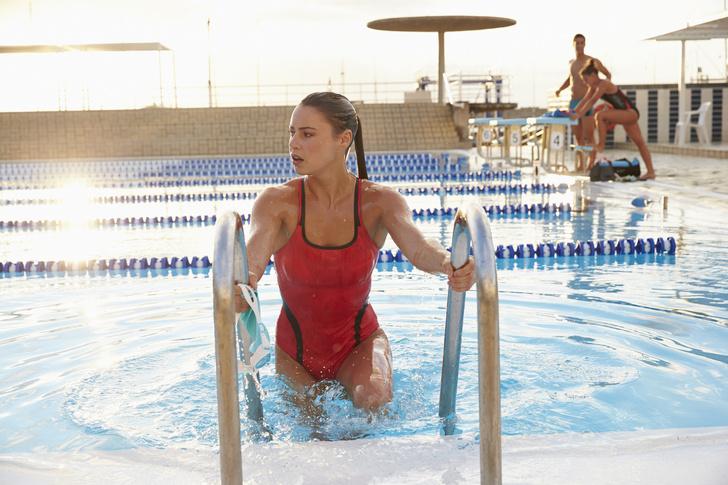 Куда позвать девушку на первое свидание, первое свидание в бассейне, личный опыт