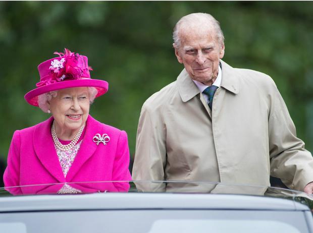 Фото №2 - Особый авторитет: неожиданное прозвище принца Филиппа во дворце