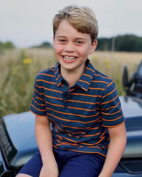 Принцу Джорджу 8 лет