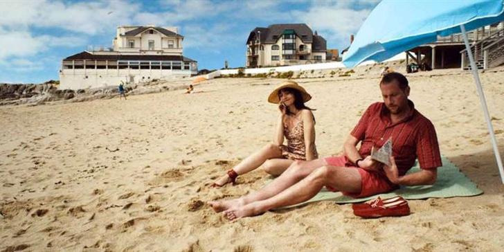 Фото №11 - Для тех, кто застрял в городе: самые смешные комедии про лето, море и пляж 🌅