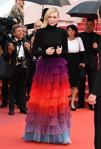 Фото №3 - Модные Канны-2018: яркие звездные образы седьмого дня кинофестиваля