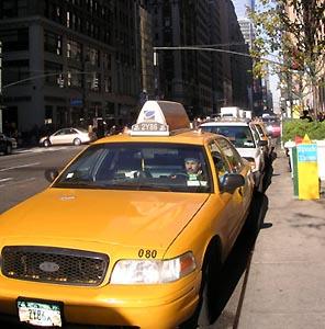 Фото №1 - Нью-йоркские таксисты бастуют против компьютеров