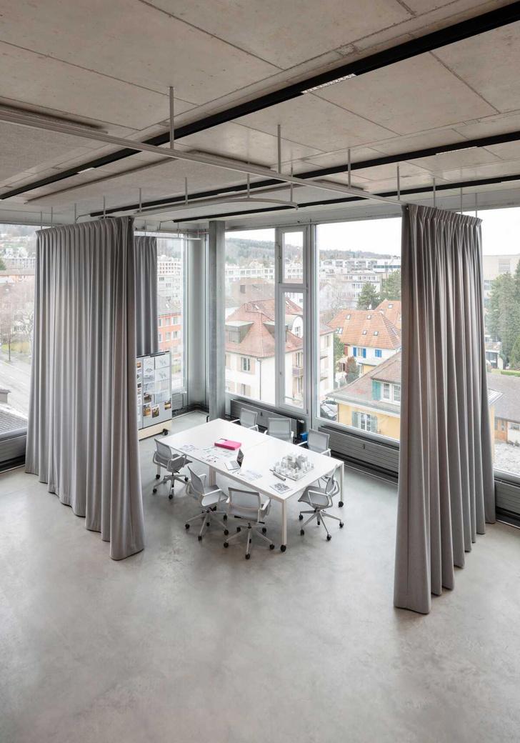 Фото №6 - Танцующий офис: студия дизайнера Стефана Хюрлеманна