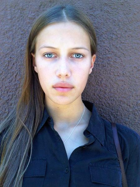 Фото №3 - Женщина-загадка: внешность Николь Потуральски анализирует хирург, визажист, физиогномист и специалист модельного агентства