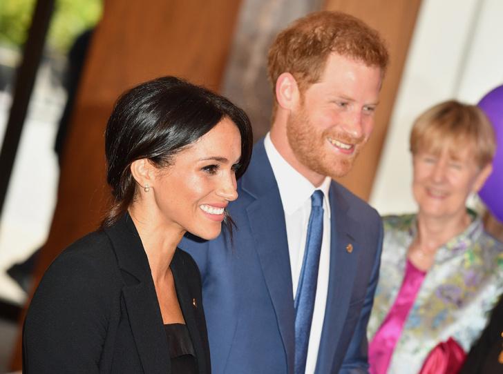 Фото №3 - Что не нравится Меган и Гарри в их королевском статусе