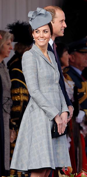 Фото №7 - В модном положении: две беременности герцогини Кембриджской (сравним?)