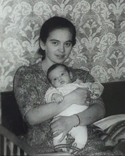 Фото №4 - Оля Бузова показала свои детские фотографии
