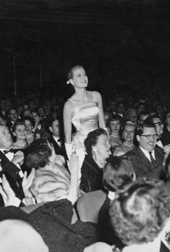 Фото №14 - Гардероб принцессы Монако: секреты безупречного стиля Грейс Келли