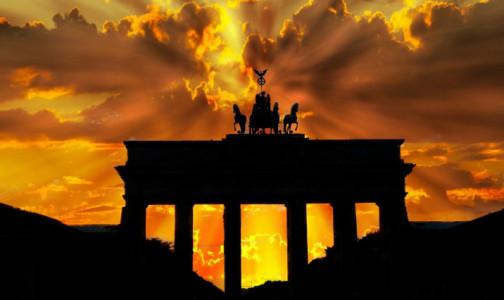 Фото №1 - Названы новые условия въезда туристов в Германию. От россиян потребуют не только тест