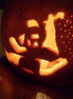 Фото №9 - Делаем подсвечник из тыквы на Хеллоуин