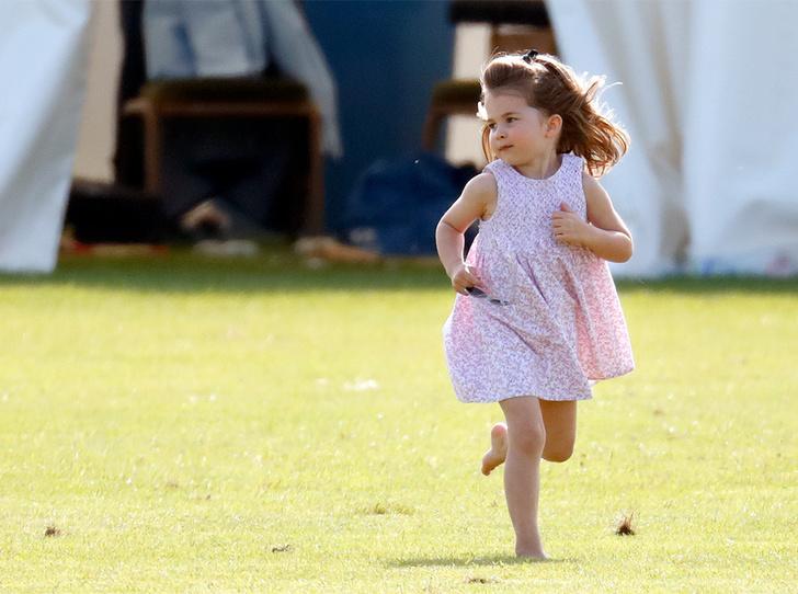 Фото №12 - Семейный выходной: принцесса Шарлотта, принц Джордж, Кейт и Уильям на игре в поло