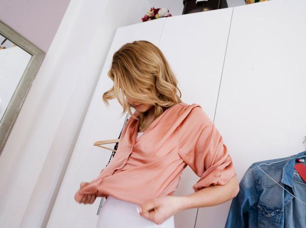 Фото №1 - Что такое «усталость от гардероба» и как с ней справиться (без лишних трат)