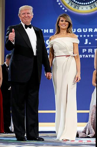 Фото №18 - Мелания Трамп: новые стандарты стиля Первой леди