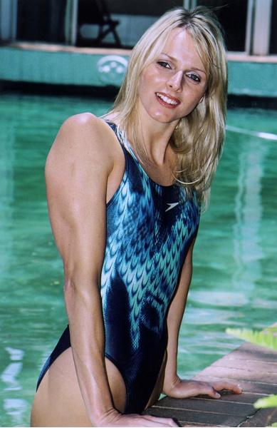 Фото №1 - Королева, которая не может сбежать: почему брак с князем Монако обернулся для пловчихи Шарлин Уиттсток кошмаром