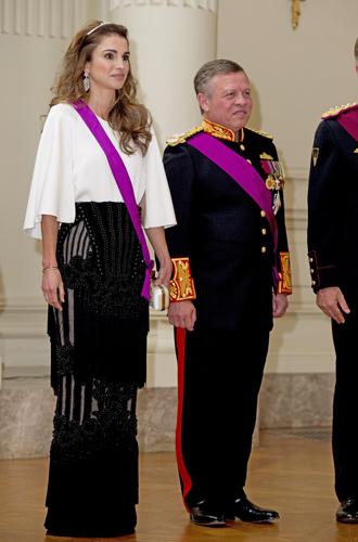 Фото №10 - Фото с намеком: 5 фактов о помолвочной фотосессии принца Гарри и Меган Маркл
