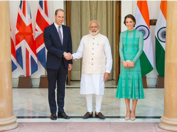 Фото №3 - Дипломат и мама двоих детей: что известно о новом секретаре герцогини Кейт