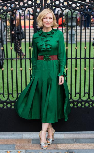 Фото №1 - Вечная икона стиля: Кейт Бланшетт и ее 20 идеальных образов