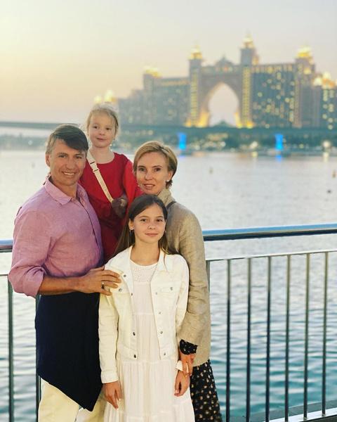 Фото №1 - Тотьмянина показала, как проходит их выходной с Ягудиным и детьми
