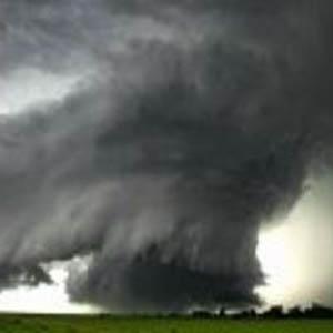 Фото №1 - К урагану добавятся эпидемии