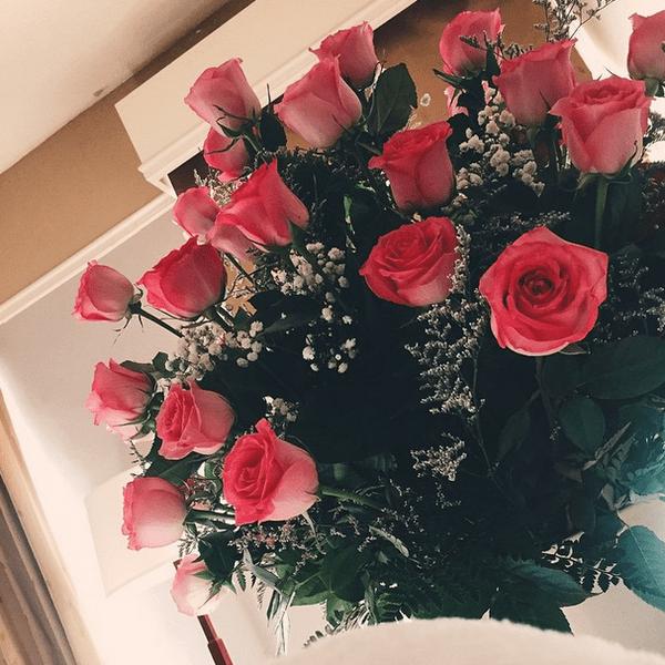 Фото №16 - Звездный Instagram: Знаменитости и цветы