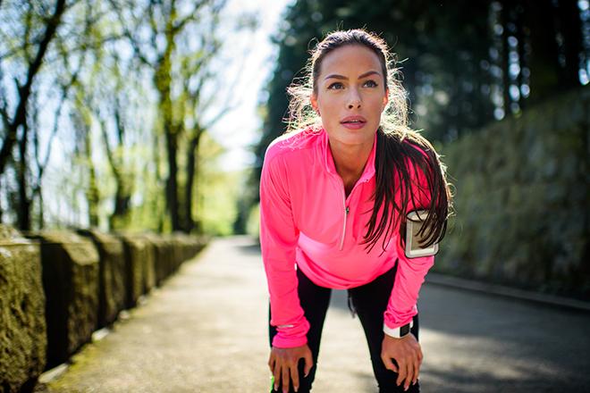 Фото №1 - Почему бег вреден для здоровья и чем его можно заменить