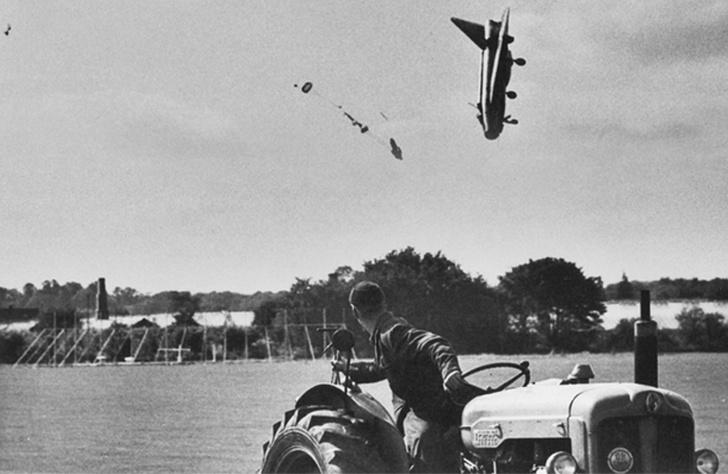 Фото №1 - Катапультирование пилота истребителя: история одного фото