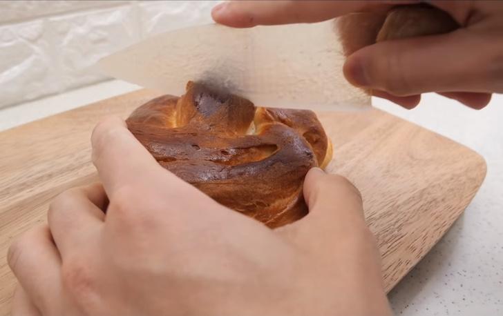 Фото №1 - Как изготовить нож из теста: подробное видео
