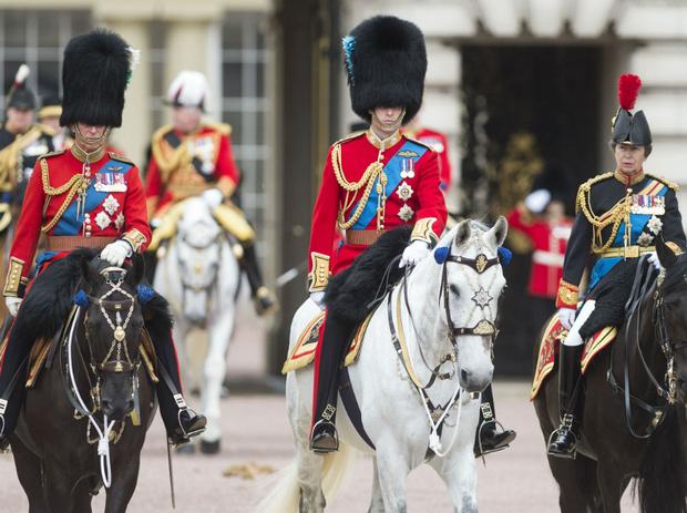 Фото №4 - Как изменится жизнь королевской семьи, когда Уильям взойдет на престол