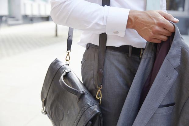 Фото №1 - Пиджак: сонники толкуют к чему снятся пиджаки