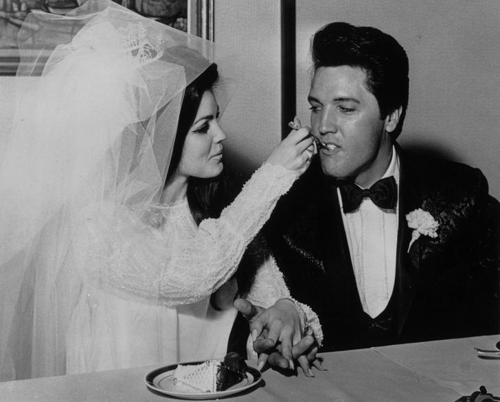 Фото №27 - Как выходили замуж легенды Голливуда: самые красивые ретро-фотографии