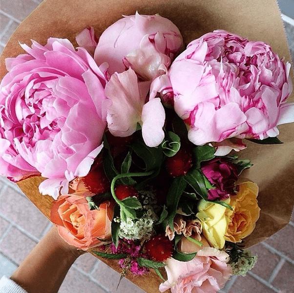 Фото №22 - Звездный Instagram: Знаменитости и цветы