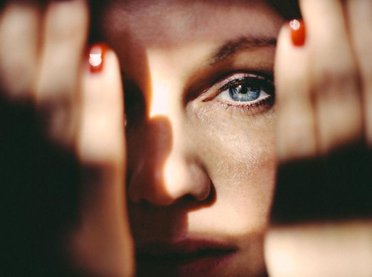 Фото №2 - Как и зачем справляться с повышенной эмоциональностью