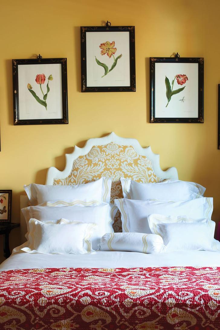 Фото №3 - Стена над изголовьем кровати: 10 идей декора