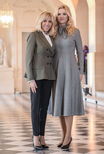Фото №23 - Как выглядит Брижит Макрон на фоне других Первых леди