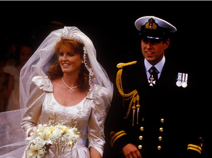 Фото №2 - Почему отец Сары Фергюсон винил принца Эндрю в разводе