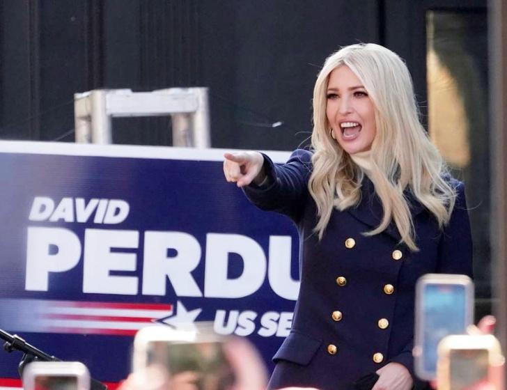 Фото №1 - 7 самых сексуальных дочек политиков