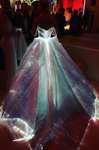 Фото №28 - История Met Gala: самые знаменитые наряды бала Института костюма