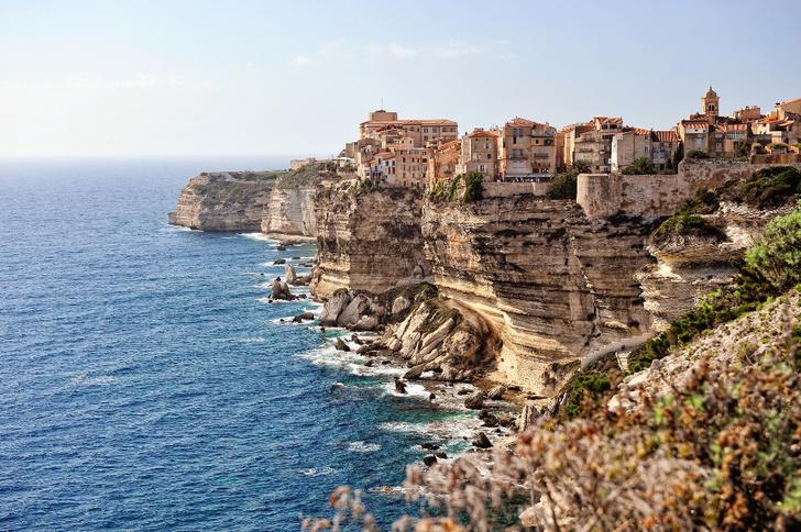 Фото №7 - Жизнь на краю: 10 городов на скалах