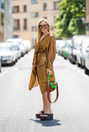 Фото №6 - Модные сандалии 2020: лучшие варианты для жаркого сезона