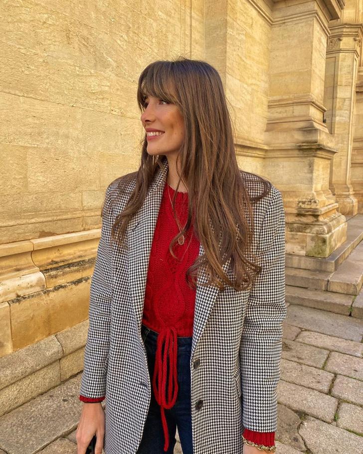 Фото №2 - Пиджак в клетку + джинсы графитового оттенка: эффектный образ француженки Жюли Феррери