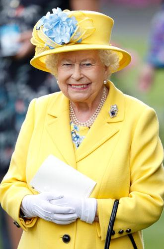 Фото №6 - Секреты Елизаветы: 8 новых историй о гардеробе Королевы