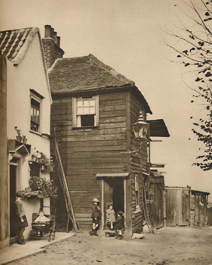 Фото №2 - Почему в исторических зданиях Великобритании замурованы окна?