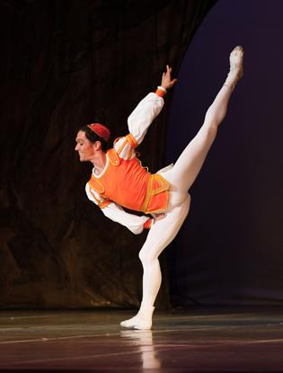 Фото №4 - Николай Чевычелов: «В балете порой нужно перешагивать даже через самих себя»
