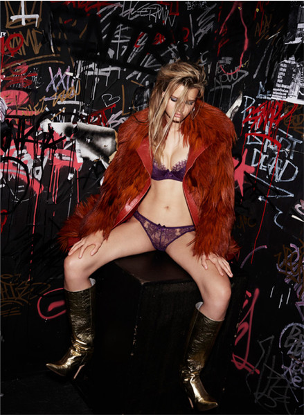 Фото №21 - Сексуальная бунтарка: новая кампания L'Agent by Agent Provocateur AW 2016/17