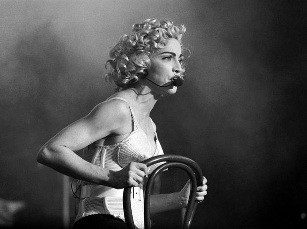 Фото №1 - Бьюти-тренды, которые ввела в моду Мадонна (даже если вы об этом не знали)
